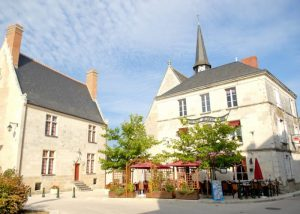 Parc de Fierbois: Village 1 700x500 1