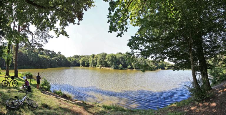 Parc De Fierbois : 13 Fierbois Lac