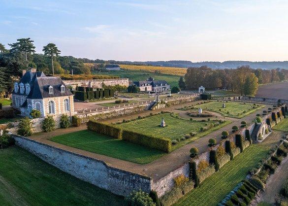 Parc De Fierbois : Chateau De Valmer