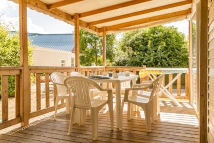 terrasse d'une location en mobil home en Indre et Loire