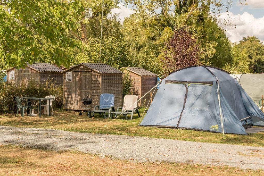 Emplacement premium Parc De Fierbois Emplacements De Camping en indre et Loire avec sanitaire
